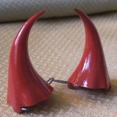 10-31-08 Devil Horns