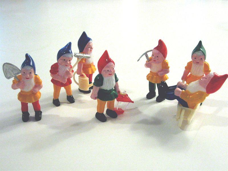 3-18-09 Gnomes